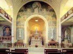 Interni della Chiesa