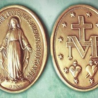 La Medaglia Miracolosa: testimonianze di guarigioni, conversioni e miracoli | Da Caroline Nenain ad Alphonse Marie Ratisbonne, fino ai giorni nostri