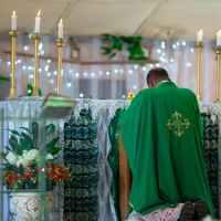 Preghiera di liberazione e benedizione di padre Amorth